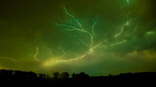 Zielone niebo zapowiada tornado?