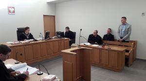 """Strażnicy oskarżeni o pobicie bronią się przed sądem. """"Mówił, że chce się  wyżyć"""""""