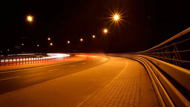 Pogoda drogowa na noc: może silniej powiać