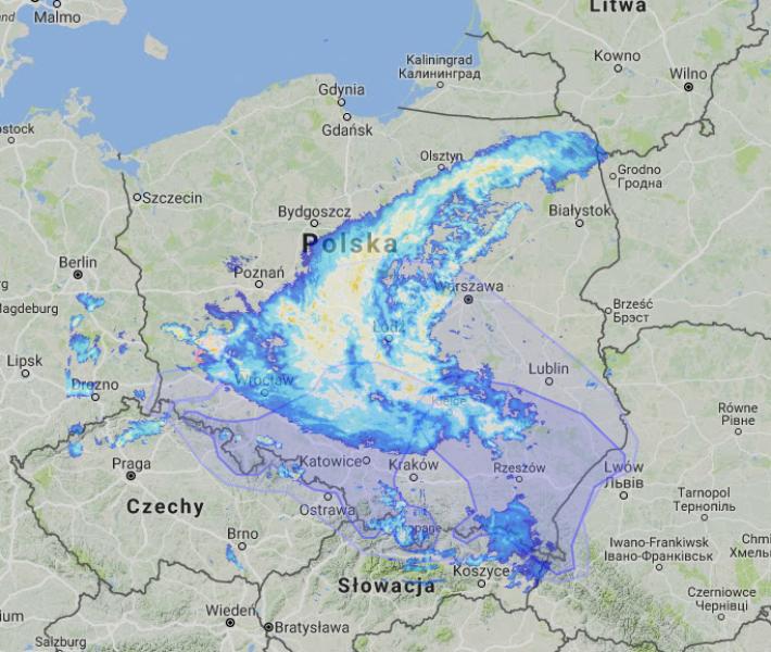 Strefa opadów nad Polską o godz. 19.20 (radar-opadow. pl)